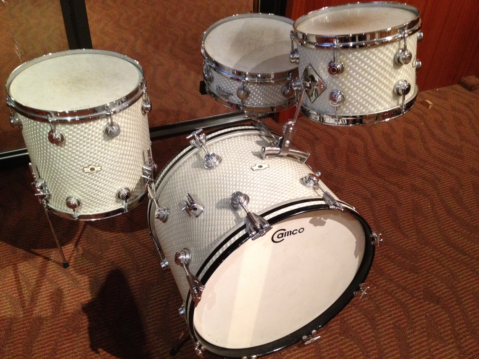 Camco Oaklawn 20,12,14,5.5 3D Moire!! One owner drum set